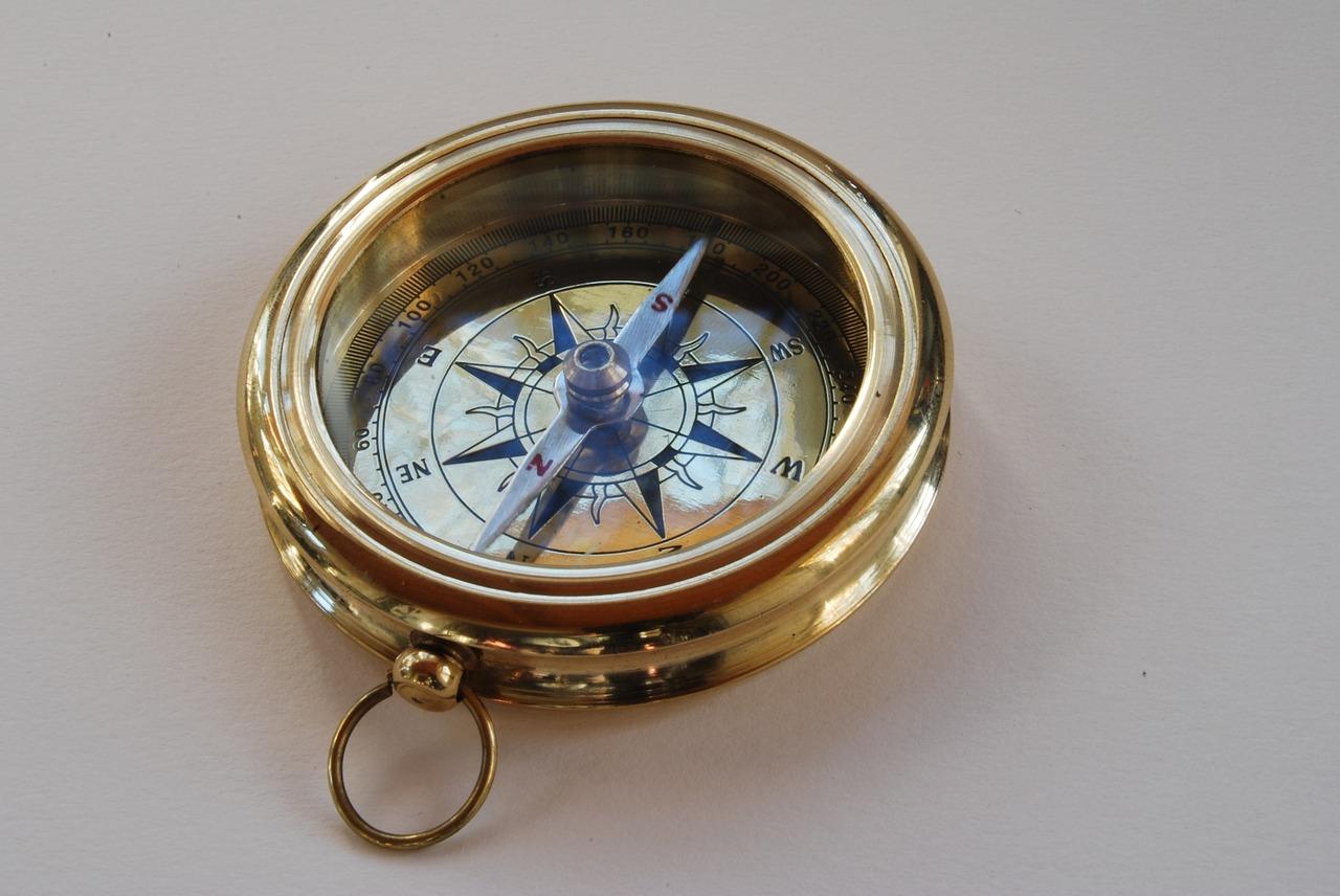 compass-808178_1280